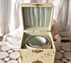 Antique Collar and Cuff Celluloid Box Victorian by cynthiasattic, $175.00