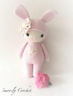 Mesmerizing Crochet an Amigurumi Rabbit Ideas. Lovely Crochet an Amigurumi Rabbit Ideas. Bunny Crochet, Easter Crochet, Cute Crochet, Crochet For Kids, Crochet Animals, Crochet Crafts, Yarn Crafts, Crochet Projects, Knit Crochet