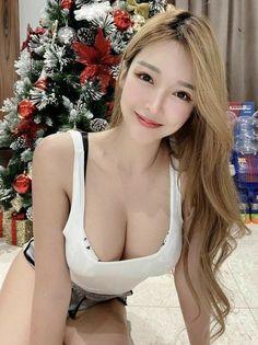 Cute Asian Girls, Beautiful Asian Girls, Hot Girls, Bikini, Brunette Beauty, Cute Pins, Belleza Natural, Beauty Photography, Dyed Hair