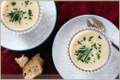 Rosemary and cauliflower soup with a homemade vegetable broth base (vegan)