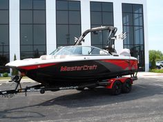 MasterCraft Wakeboard Boat X25 with black anodized zft4 from MasterCraft Boats of Chicago