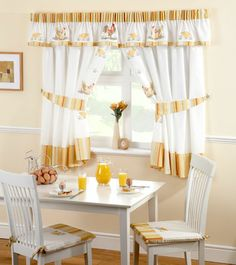 Lovely Roosters Kitchen Curtains