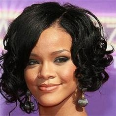 If you're looking for new quick weave styles to try out, get inspired with these chic weave hairstyles. Short Curly Hair Hairstyles, Short Thick Wavy Haircuts, Quick Weave Hairstyles, Rihanna Hairstyles, Short Hairstyles For Women, Bob Hairstyles, Curly Hair Styles, Natural Hair Styles, Short Curls