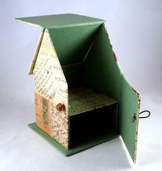 cajita organizador con forma de casa