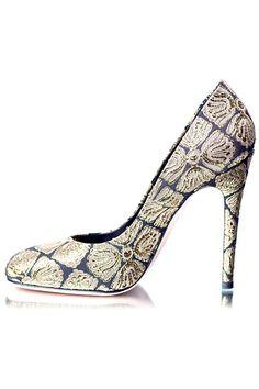 Giambattista Valli http://livelovewear.com/womensshoes