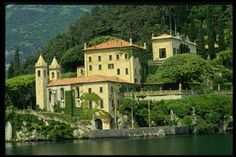 Italian historical villa on Lake Como. Can Georgie come out and play? My Dream Home, Dream Homes, Places In Italy, Italian Villa, Lake Como, Scenery, Vacation, Mansions, Architecture