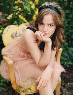 Senior Portrait Idea inspired by Emma Watson