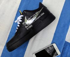 Off-White Nike Air Force 1 Low - Sneaker Bar Detroit Nike Air Force 1 Outfit, Nike Air Force Ones, Dior, White Air Force 1, Sneakers Mode, Running Sneakers, Womens Fashion Sneakers, Nike Shoes Outlet, Nike Outfits