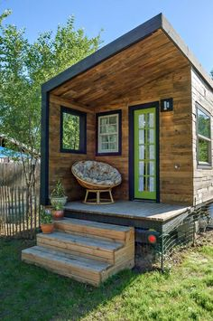 tiny house10 house front, tiny homes, tini hous, little cabin, dream homes, tiny houses, small spaces, front porches, small space solutions