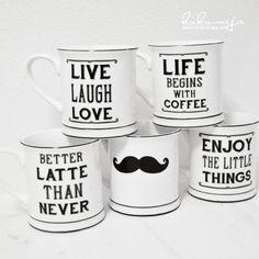 Black & White Mugs with different slogans und mustache via www.kukuwaja.de