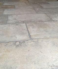 Barr de Montpellier reclaimed flagstones thumbnail