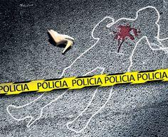 En el 2013, la violencia parece haberse ensañado con las mujeres en #CaliCo. En el primer semestre de este año, 64 mujeres han sido asesinadas, 59 % más que en 2012. Autoridades están preocupadas por el grado de sevicia de los crímenes. Rostros de un drama: http://www.elpais.com.co/elpais/judicial/noticias/violencia-ensana-con-mujeres-cali