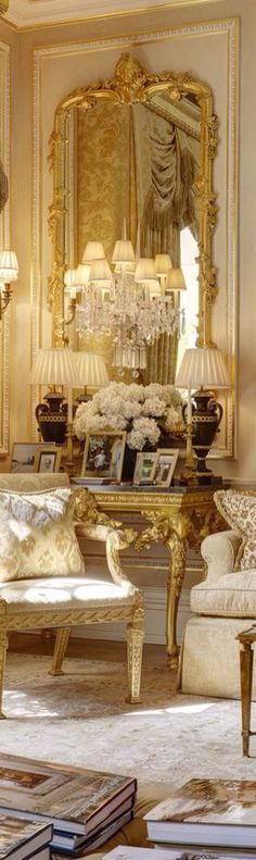 Cool French Style Living Room The post French Style Living Room… appeared first on Decor Designs . Dream House Interior, Room Interior Design, Living Room Interior, Living Room Decor Country, French Country Living Room, French Style Decor, French Country Decorating, Luxury Decor, Luxury Interior