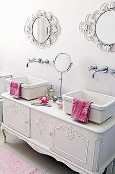 Adding That Perfect Gray Shabby Chic Furniture To Complete Your Interior Look from Shabby Chic Home interiors. Romantic Shabby Chic, Shabby Chic Homes, Romantic Bath, Shabby Chic Furniture, Vintage Furniture, Vintage Decor, Vintage Buffet, Vintage Style, Bathroom Furniture