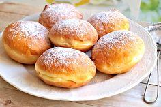 Donuts, Hamburger, Bread, Baking, Sweet, Recipes, Food, Hampers, Kitchens