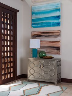An artful and elegant entry.  www.hendersondesigngroup.net