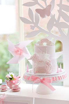 Tangled + Enchanted Garden Birthday Princess Party - Kara's Party Ideas - The Place for All Things Party >>>> ummm I want this for myself? Garden Birthday, Unicorn Birthday Parties, Unicorn Party, Unicorn Cakes, Princess Birthday, Princess Party, Girl Birthday, Tangled Princess, Birthday Cake