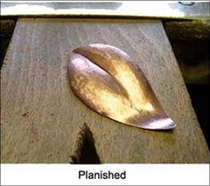 [Ganoksin] A Photo Tutorial on How To Make a Metal Leaf