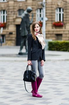 OUTFIT OF THE DAY, OUTFIT, FASHION, INSPO, RAINY DAY, WELLINGTONS, HUNTER, BLAZER, ZARA, GREY JEANS, LEVIS.