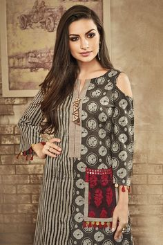 Picture of Grey and red printed designer suit Salwar Neck Designs, Kurta Neck Design, Blouse Designs, Pakistani Fashion Casual, Pakistani Dress Design, Simple Kurta Designs, Fancy Kurti, Stylish Dresses For Girls, Kurti Patterns