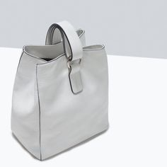 ZARA - SHOES & BAGS - LEATHER BUCKET BAG