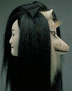 文楽=bunraku Kitsune Mask - a human can become a fox
