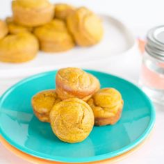7 low sugar muffins for kids - Carrot muffins for kids an easy healthy recipe with no added sugar also perfect for baby led weaning Healthy Muffin Recipes, Healthy Muffins, Healthy Snacks For Kids, Healthy Foods To Eat, Baby Food Recipes, Healthy Eating, Healthy Mummy, Healthy Juices, Eating Clean
