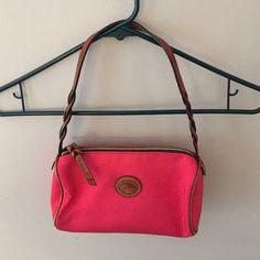 Dooney & bourke wristlet Lightly used. Small bag Dooney & Bourke Bags Mini Bags