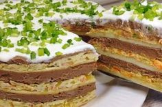 Sandvișuri calde delicioase, gata într-un timp record! - Bucatarul Romanian Food, Russian Recipes, Cook At Home, Pancakes, Sandwiches, Deserts, Good Food, Appetizers, Cooking