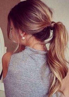 Opta por una cola de caballo para que, al mojarse, tu cabello no se esponje / Pinterest