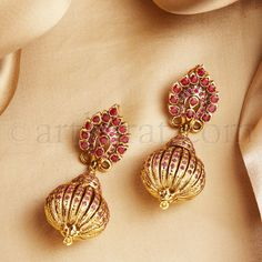 Gold Jhumka Earrings, Jewelry Design Earrings, Gold Earrings Designs, Indian Earrings, Gold Jewellery Design, Necklace Designs, Indian Jewelry, Diamond Jewelry, Silver Jewellery
