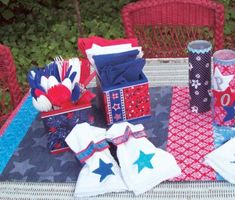 Cathie and Steve {Handmade Happy Hour}: make it: 4th of July Table Runner w/ recycled jeans