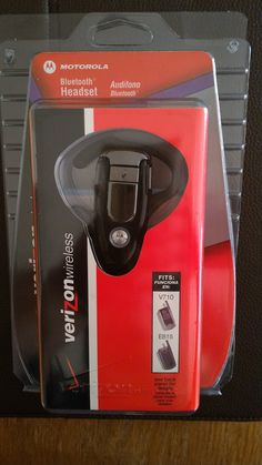 Blue Tooth Headset, Verizon Motorolla. Compatible with v1.1 and 1.2 phones.