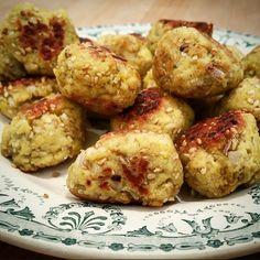 Boulettes de poulet sésame et épices – Copyright © Gratinez