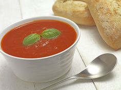 Vegetarian Tomato and Basil Soup