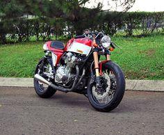 """Racing Cafè: Suzuki GSX 750 '80 """"The Rew"""" by Studio Motor"""