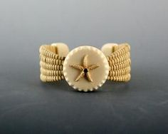 "Michael Kane Baskets : ""Nantucket Lightship Basket Bracelet"", ""oak staves"", ""tight weave"""