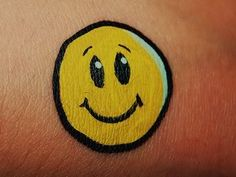 DIY Smiley Face, Face Paint #DIY #CheekArt #Faces #FacePainting #Birthdays #Birthday #Parties #Party