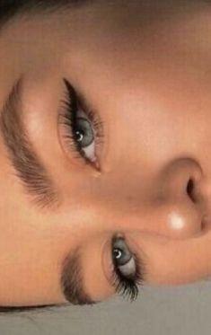 Edgy Makeup, Makeup Eye Looks, Eye Makeup Art, Cute Makeup, Makeup Goals, Pretty Makeup, Simple Makeup, Skin Makeup, Makeup Inspo