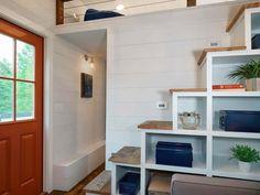 Casa MIni: Escalera con almacenaje
