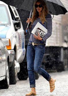 Rainy Monday... | Walking Around
