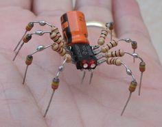 Spider - mini robotic sculpture made with scrap . - Diy and Crafts Metal Art Projects, Metal Crafts, Diy And Crafts, Diy Electronics, Electronics Projects, Electronics Components, Waste Art, Sculpture Metal, Scrap Metal Art