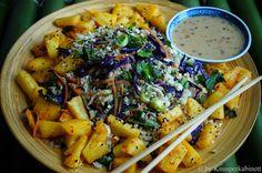 KNUSPERKABINETT: Cauliflower fried rice (gebratener Blumenkohlreis)... Superfood, Cookbook Shelf, Cauliflower Fried Rice, Vegetarian Recipes, Good Food, Easy Meals, Healthy Eating, Low Carb, Dinner