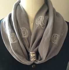 AN Infinity Scarf with AN Signature Scarf Ring in Sterling Silver Scarf Knots, Scarf Rings, Scarf Necklace, Scarf Jewelry, Ways To Wear A Scarf, How To Wear Scarves, Scarf Tutorial, Neck Scarves, Scarf Styles