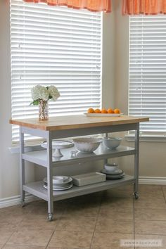 DIY Kitchen Island Fit For A Chef How to build a DIY rolling kitchen island fit for a chef Bedroom Furniture Redo, Kitchen Furniture, Diy Furniture, Kitchen Decor, Chef Kitchen, Kitchen Dresser, Furniture Stores, Rolling Kitchen Island, Kitchen Island Cart