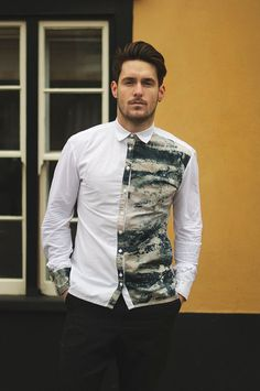 Ironandpin Shirt with Jersey Sleeves with Marble Dye Panels Men's Fashion, Fashion Outfits, Fashion Design, Mens Casual Suits, Latest Mens Wear, Mens Designer Shirts, Denim Shirt Men, African Men Fashion, Sharp Dressed Man
