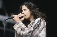 Chris Cornell, whose body was found on Wednesday, performing as part of Soundgarden in 1992.