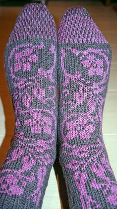Ravelry: Project Gallery for Floralia pattern by Vintage Purls
