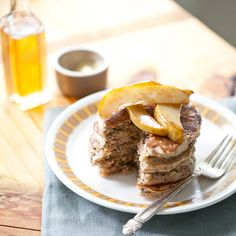 Whole Grain Pancakes with Cinnamon Pears, has spelt/buckwheat flour and a type of cereal (maybe sub with oats)