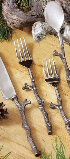 tisch rustikal Twig Flatware Set: Handcrafted from stainless steel, the Antique Copper Twig Flatware Set features unique twig-shaped handles made from an iron alloy with an antique copper finish. Flatware Set, Cutlery, Rustic Flatware, Rustic Dinnerware, Creation Deco, Log Homes, Rustic Decor, Home Kitchens, Kitchen Dining